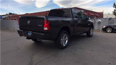2018 Ram 1500 Crew Cab 4x4, Pickup #15380 - photo 5