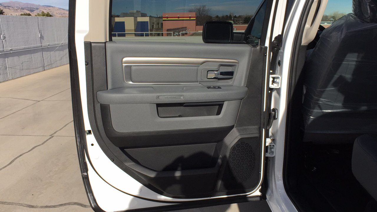 2017 Ram 1500 Crew Cab 4x4,  Pickup #15384 - photo 22