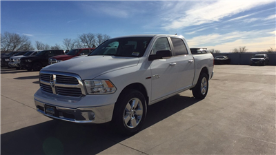2017 Ram 1500 Crew Cab 4x4,  Pickup #15384 - photo 1