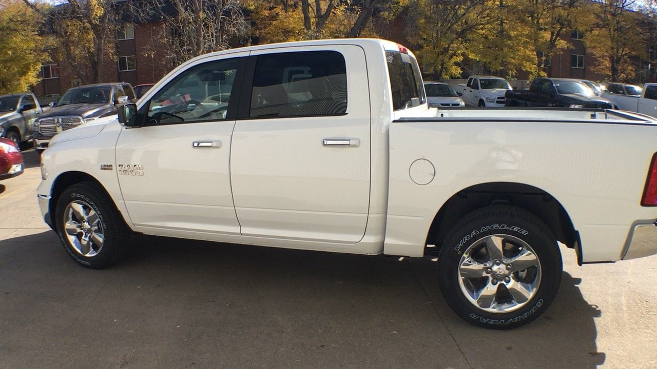 2018 Ram 1500 Crew Cab 4x4, Pickup #15405 - photo 3