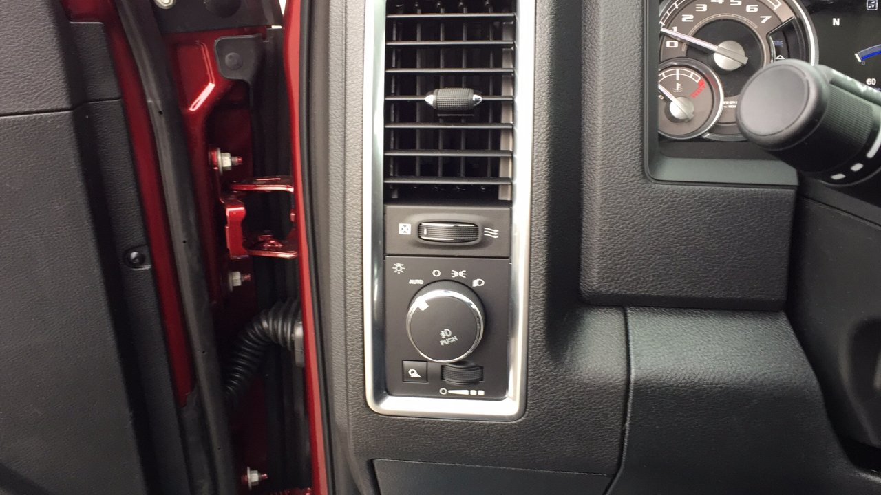 2018 Ram 1500 Crew Cab 4x4,  Pickup #15424 - photo 22