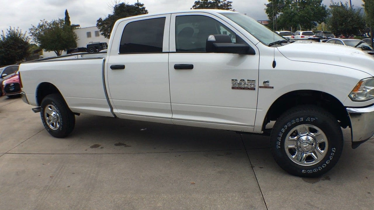 2018 Ram 3500 Crew Cab 4x4,  Pickup #15430 - photo 9