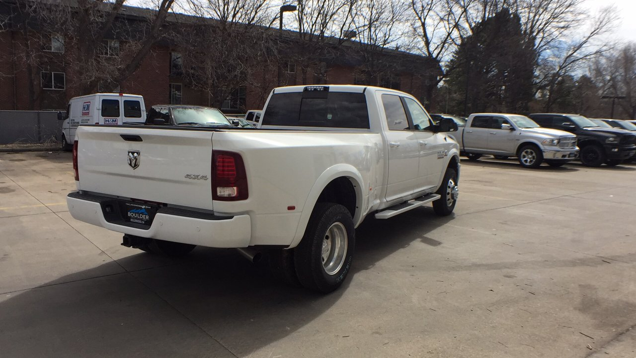 2018 Ram 3500 Crew Cab DRW 4x4, Pickup #15477 - photo 6