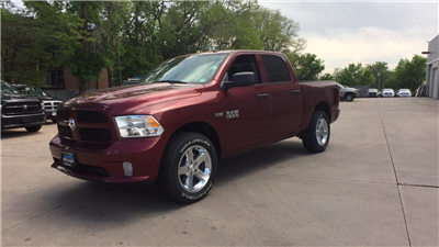 2018 Ram 1500 Crew Cab 4x4, Pickup #15533 - photo 1