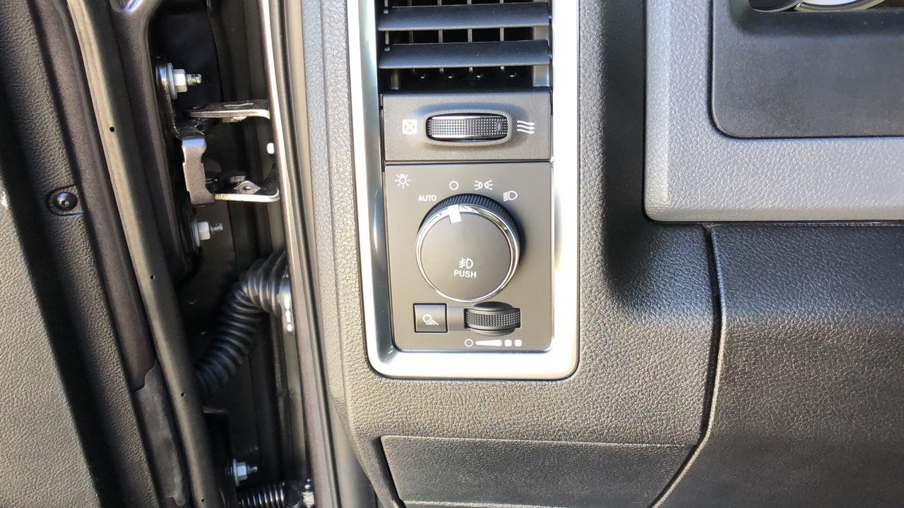 2018 Ram 1500 Crew Cab 4x4,  Pickup #15674 - photo 23