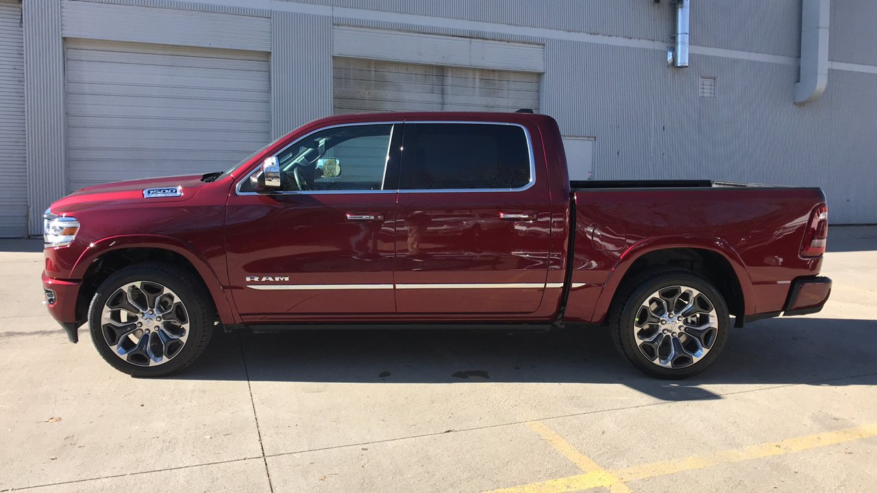 2019 Ram 1500 Crew Cab 4x4,  Pickup #15729 - photo 9