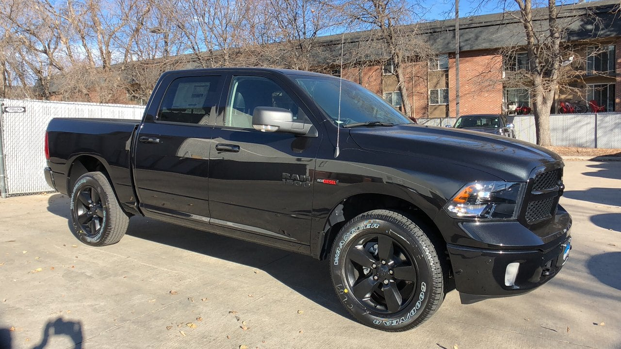 2018 Ram 1500 Crew Cab 4x4,  Pickup #15738 - photo 3