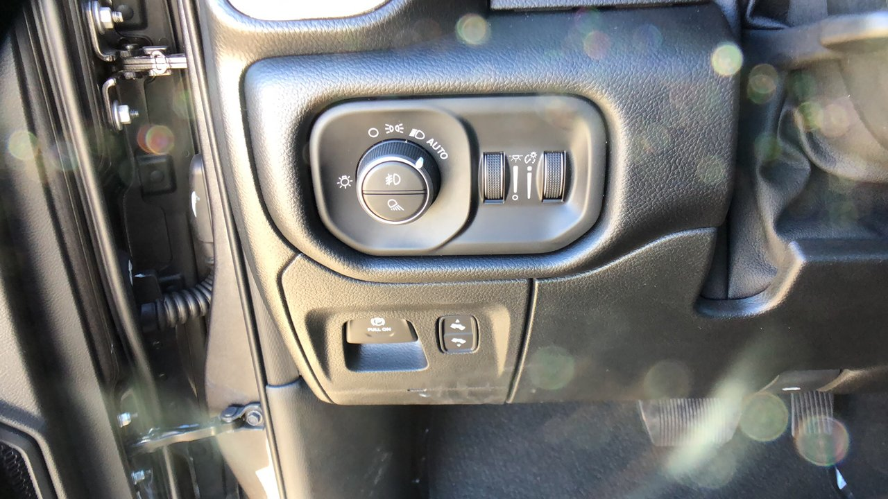 2019 Ram 1500 Crew Cab 4x4,  Pickup #15741 - photo 23