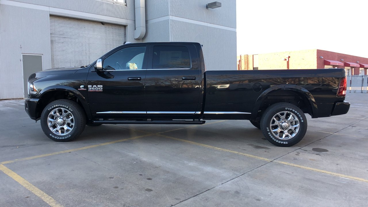 2018 Ram 3500 Crew Cab 4x4,  Pickup #15758 - photo 4