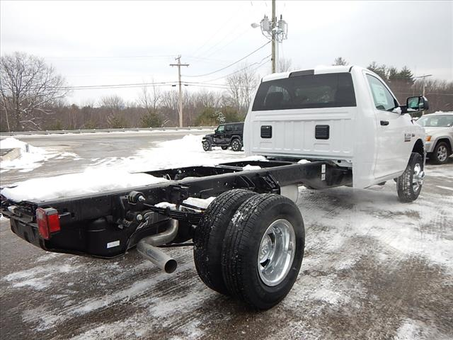 2018 Ram 3500 Regular Cab DRW Cab Chassis #R8022 - photo 3
