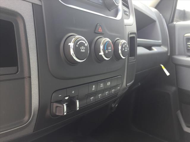 2018 Ram 5500 Regular Cab DRW 4x4,  Cab Chassis #R8052 - photo 12