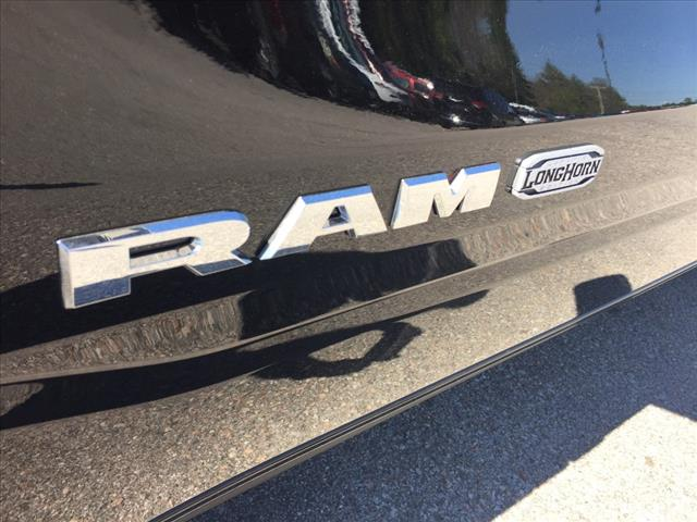 2019 Ram 1500 Crew Cab 4x4,  Pickup #R9002 - photo 8