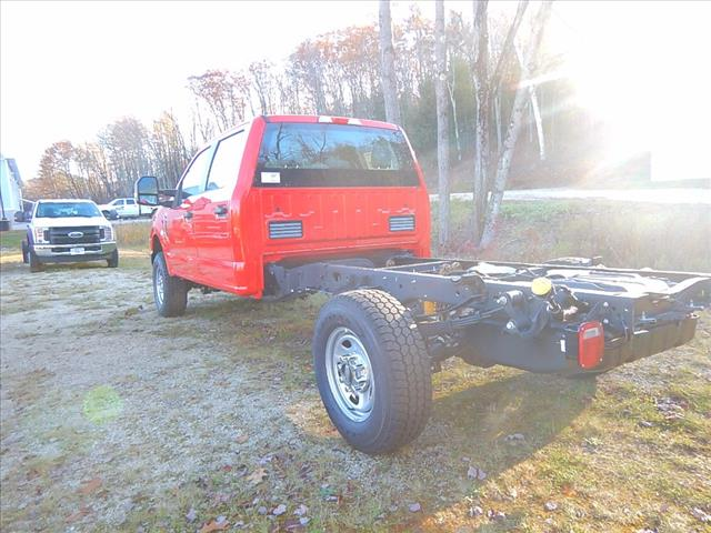 2017 F-350 Crew Cab 4x4 Cab Chassis #17379 - photo 6