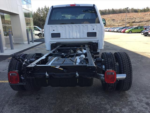 2018 F-550 Super Cab DRW 4x4,  Cab Chassis #18177 - photo 3