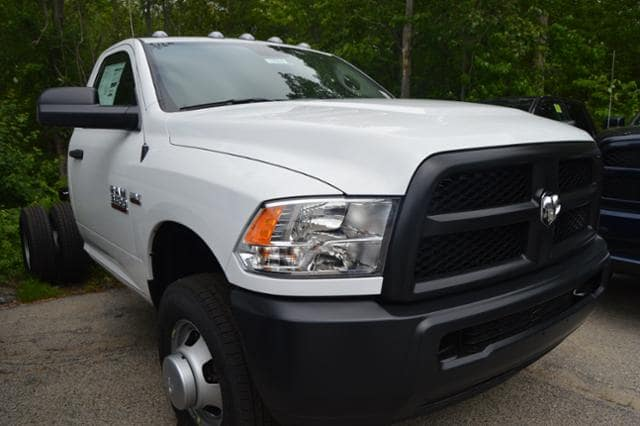 2017 Ram 3500 Regular Cab DRW, Cab Chassis #17510 - photo 3