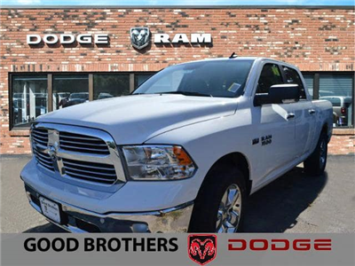 2017 Ram 1500 Crew Cab 4x4, Pickup #17672 - photo 1