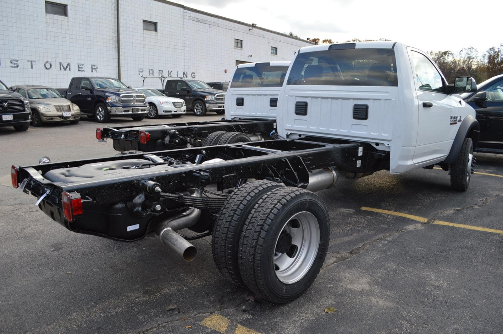 2018 Ram 5500 Regular Cab DRW 4x4,  Cab Chassis #18117 - photo 3