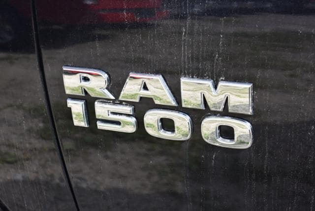 2018 Ram 1500 Quad Cab 4x4,  Pickup #18197 - photo 4
