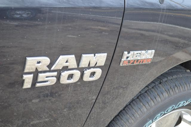 2018 Ram 1500 Quad Cab 4x4, Pickup #18199 - photo 6