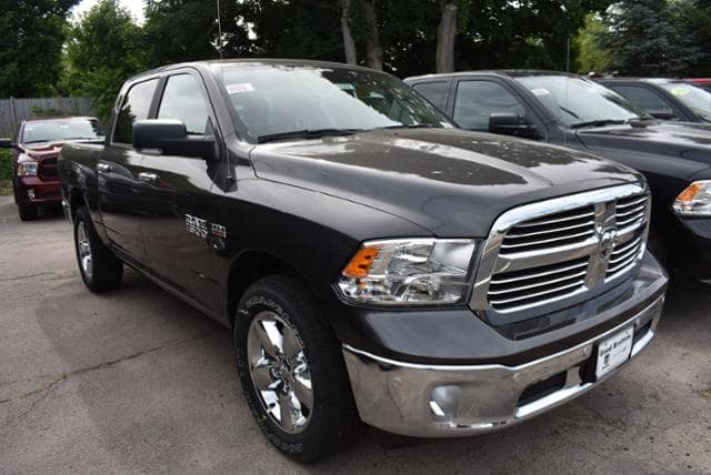 2018 Ram 1500 Crew Cab 4x4,  Pickup #18364 - photo 3