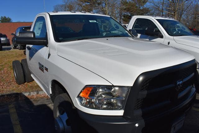 2018 Ram 3500 Regular Cab DRW 4x4,  Cab Chassis #18461 - photo 4