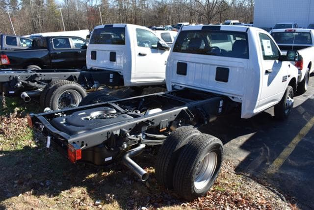 2018 Ram 3500 Regular Cab DRW 4x4,  Cab Chassis #18461 - photo 3