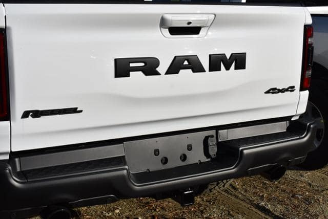 2019 Ram 1500 Crew Cab 4x4,  Pickup #19268 - photo 8