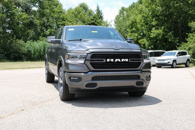 2019 Ram 1500 Crew Cab 4x2,  Pickup #900060 - photo 9
