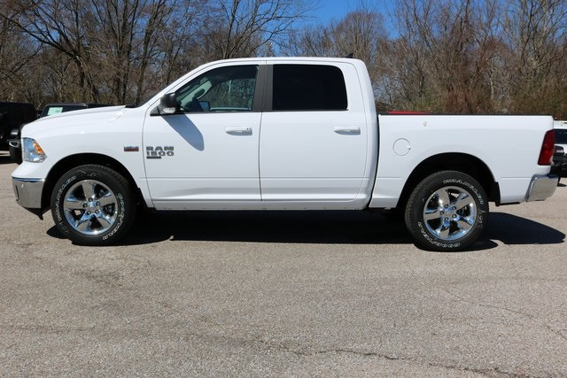 2019 Ram 1500 Crew Cab 4x4,  Pickup #900192 - photo 3
