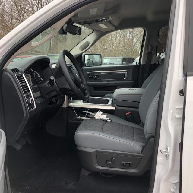 2019 Ram 1500 Crew Cab 4x4,  Pickup #900198 - photo 9