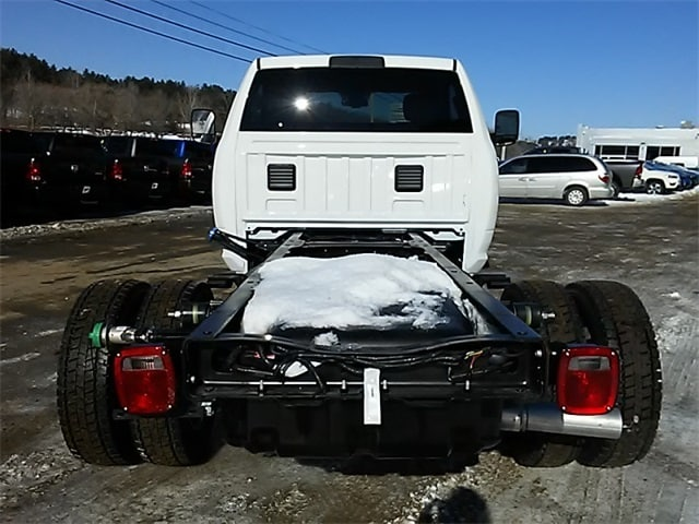 2018 Ram 5500 Regular Cab DRW 4x4, Cab Chassis #R8042 - photo 2