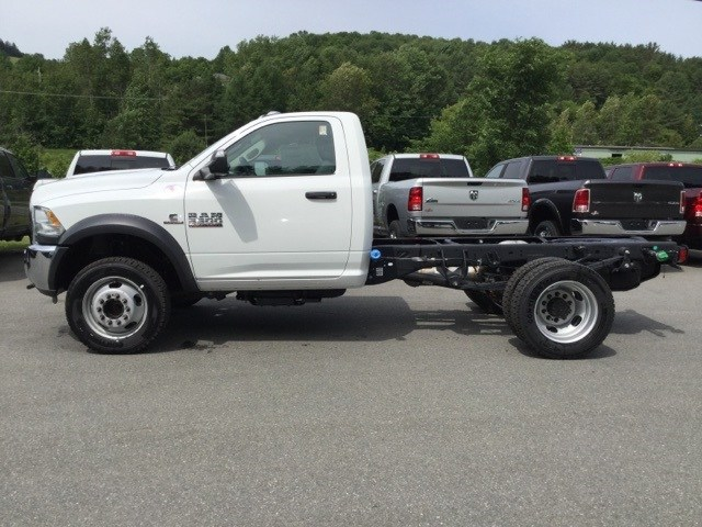 2018 Ram 5500 Regular Cab DRW 4x4,  Cab Chassis #R8042 - photo 12