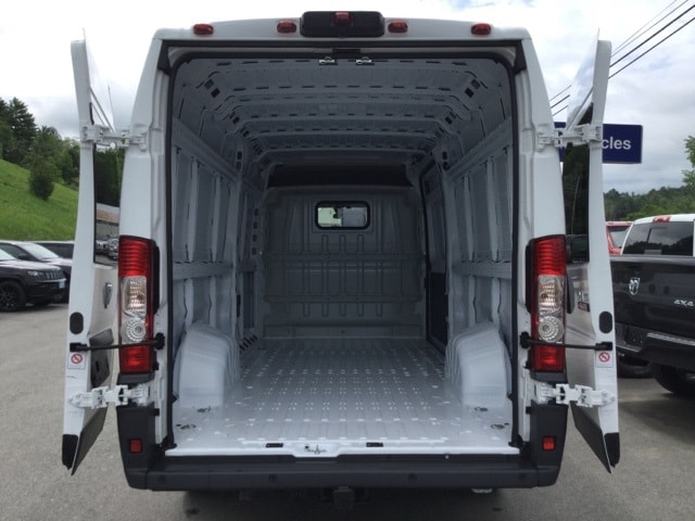 2018 ProMaster 3500 High Roof FWD,  Empty Cargo Van #R8080 - photo 2