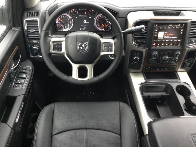 2018 Ram 2500 Crew Cab 4x4, Pickup #R8129 - photo 3