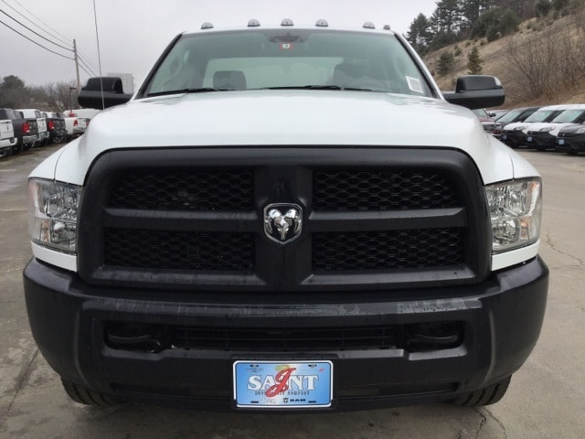 2018 Ram 2500 Regular Cab 4x4, Cab Chassis #R8158 - photo 4