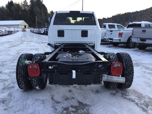 2018 Ram 3500 Regular Cab DRW 4x4,  Cab Chassis #R8304 - photo 2