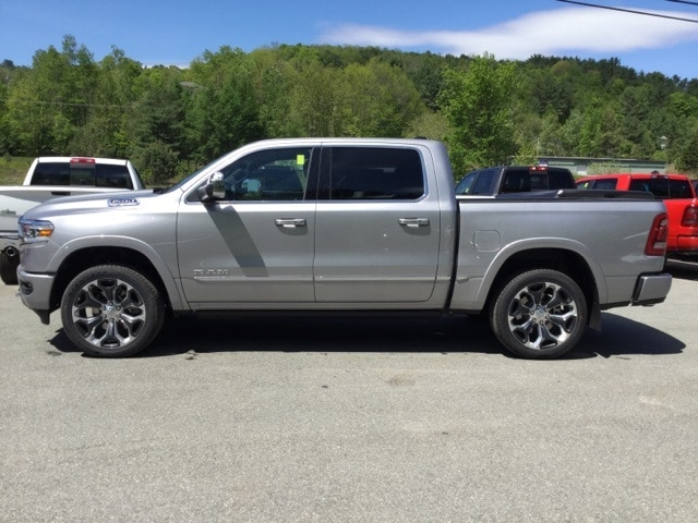 2019 Ram 1500 Crew Cab 4x4, Pickup #R9006 - photo 6