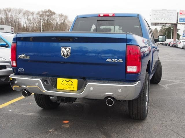 2018 Ram 1500 Crew Cab 4x4 Pickup #135611 - photo 2