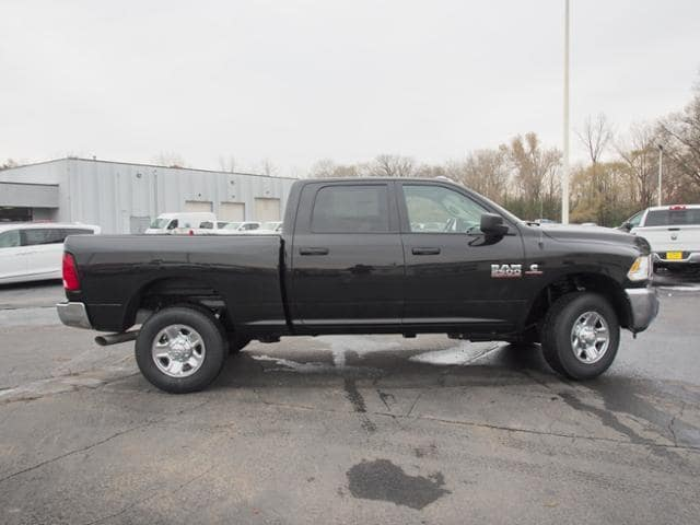 2018 Ram 2500 Crew Cab 4x4 Pickup #148269 - photo 3