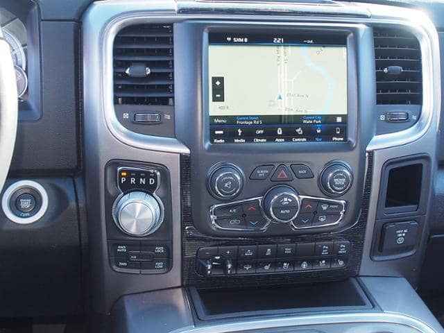2018 Ram 1500 Crew Cab 4x4, Pickup #203776 - photo 9