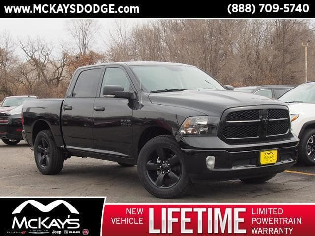 2018 Ram 1500 Crew Cab 4x4, Pickup #258354 - photo 1