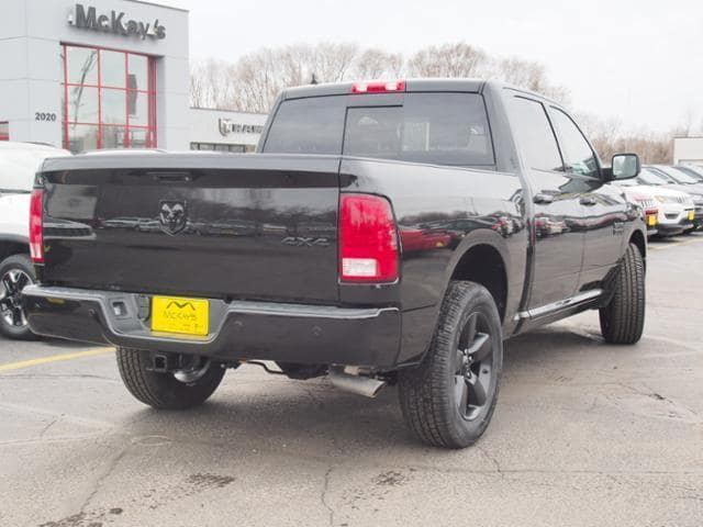 2018 Ram 1500 Crew Cab 4x4, Pickup #258354 - photo 2