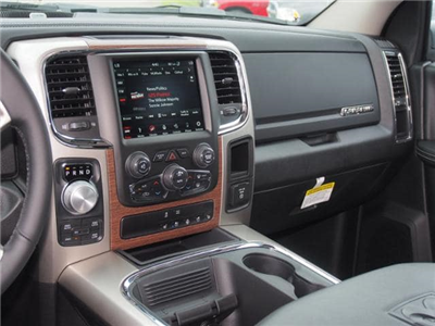 2018 Ram 1500 Crew Cab 4x4,  Pickup #309603 - photo 9
