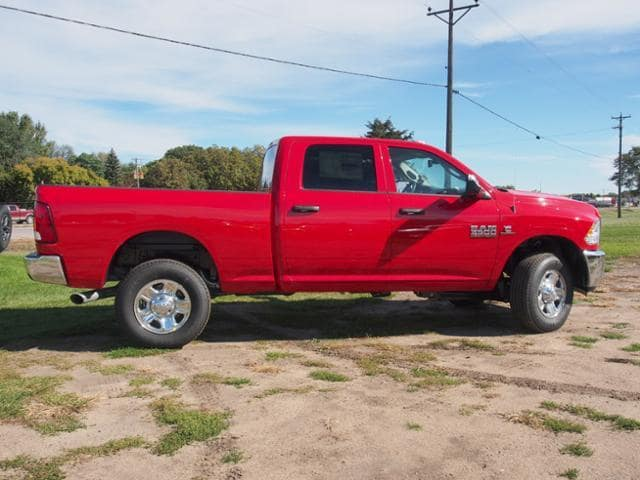 2018 Ram 3500 Crew Cab 4x4,  Pickup #343350 - photo 3