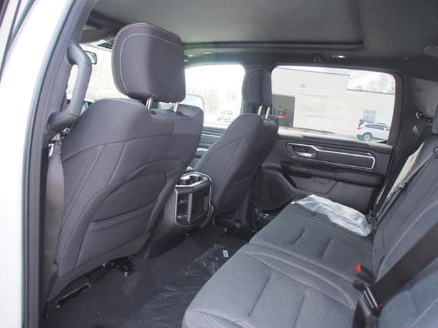 2019 Ram 1500 Crew Cab 4x4,  Pickup #518329 - photo 9
