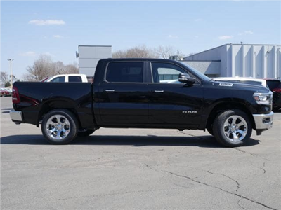 2019 Ram 1500 Crew Cab 4x4, Pickup #530003 - photo 3