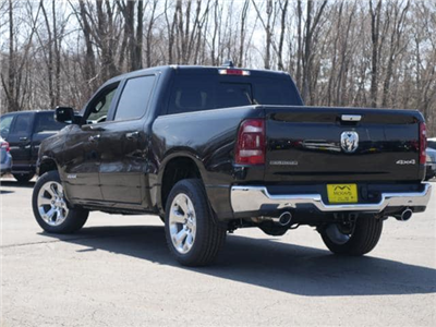 2019 Ram 1500 Crew Cab 4x4, Pickup #530003 - photo 4
