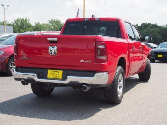 2019 Ram 1500 Crew Cab 4x4,  Pickup #531698 - photo 3
