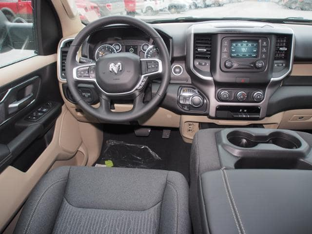 2019 Ram 1500 Crew Cab 4x4,  Pickup #638206 - photo 8