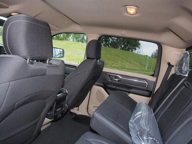 2019 Ram 1500 Crew Cab 4x4,  Pickup #659519 - photo 7